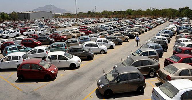 Hàng nghìn chiếc ô tô miễn thuế đã có mặt tại Việt Nam