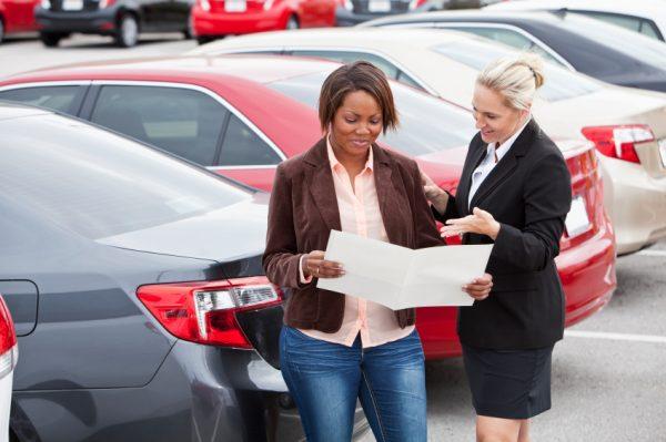 Có hai hình thức bảo hiểm bắt buộc xe ô tô