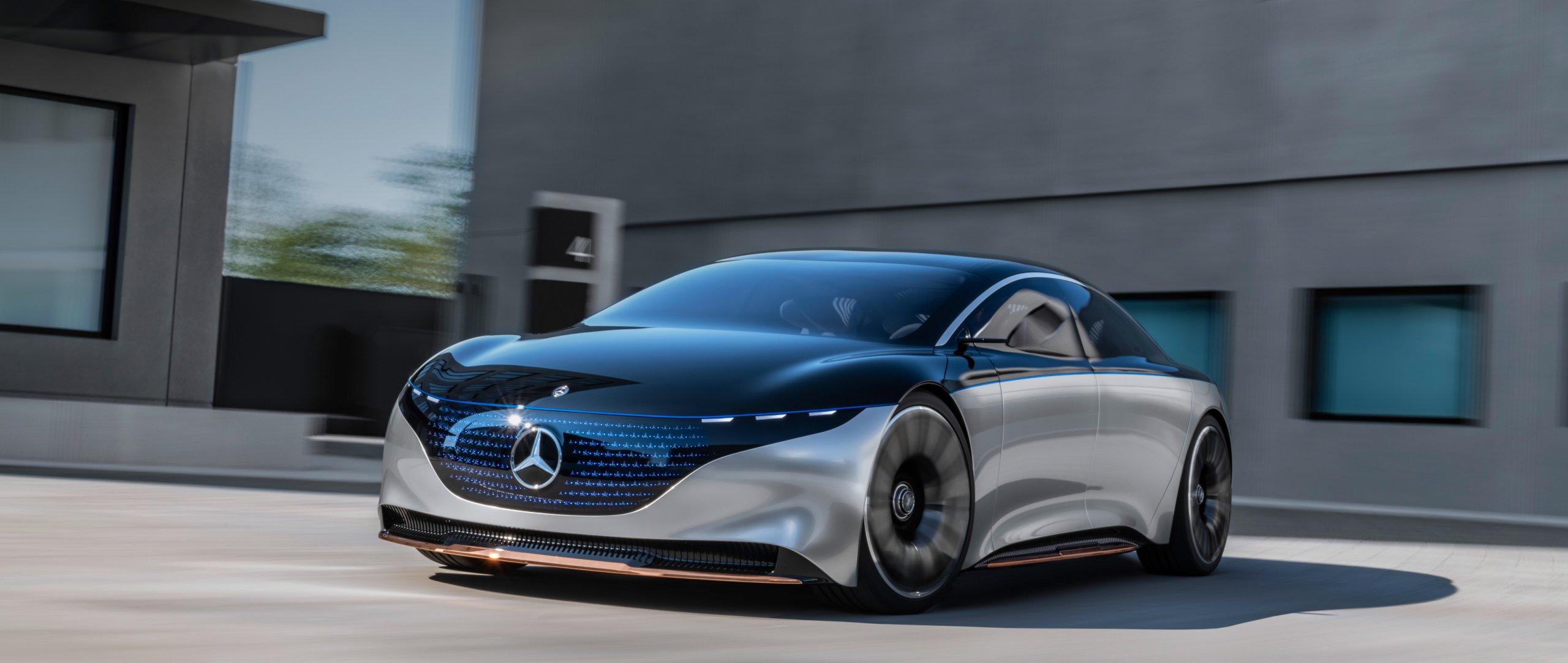 Mercedes-Benz là cái tên nổi tiếng của giới siêu xe