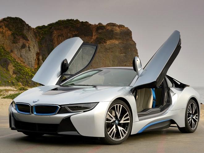 BMW thu hút bởi sự sang trọng