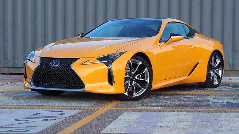 Lexus chính là thương hiệu xe bán được với doanh số lớn nhất tại Nhật bản